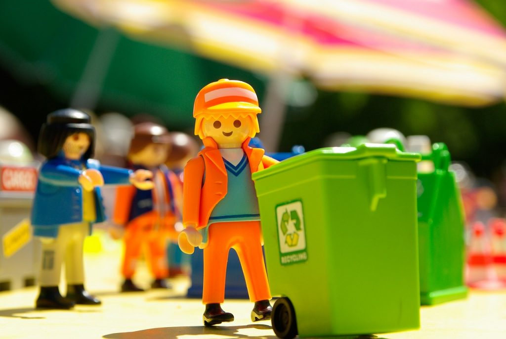 Immense Gratitude Is Owed To Our Trash Collectors in Singapore!